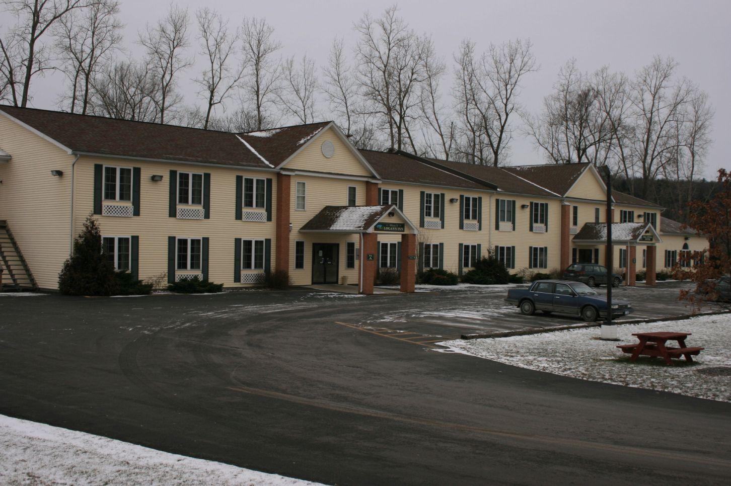 Logans Inn Motel